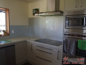 AJ Creative Glass - www.ajcreativeglass.co.nz - Imagine ~ Create ~ Adore - One Colour Splashbacks 22